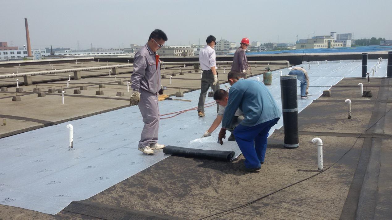屋面防水卷材、防水涂料渗漏原因及修补